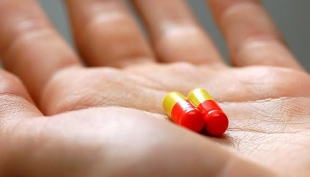 Двухсторонний аднексит: причины, признаки и лечение
