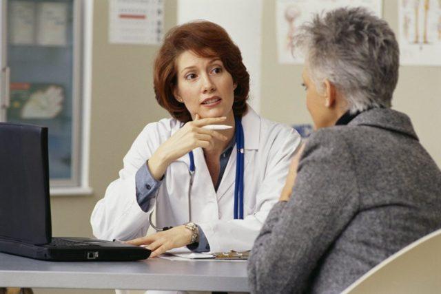 Выделения при климаксе - какие возможны в норме и при патологии