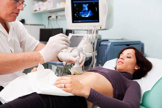 Признаки гепатита В у женщин: как проявляются симптомы
