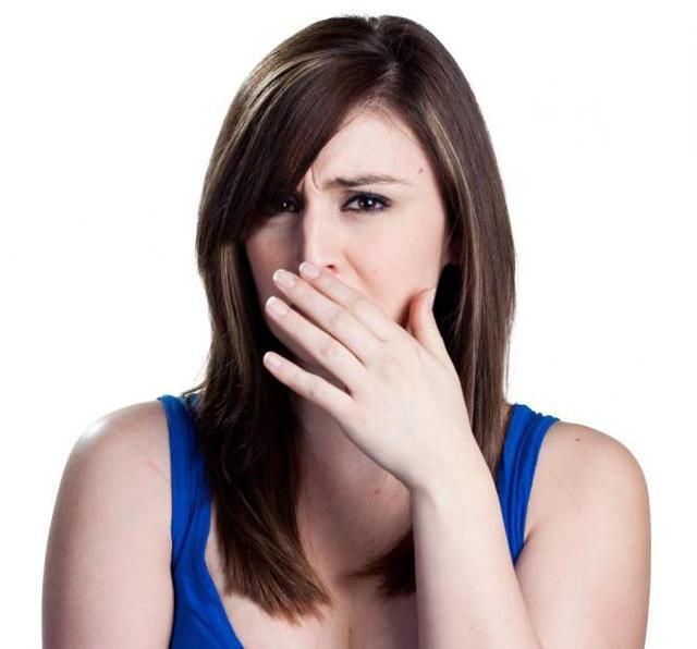 Гнойные выделения у женщин: причины появления, лечение, возможные осложнения