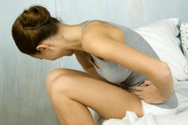 Рези при мочеиспускании у женщин - причины возникновения и лечение