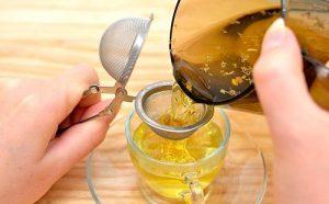 Воспаление придатков - лечение народными средствами: травяные тампоны, спринцевание корой дуба, настойки, отвары
