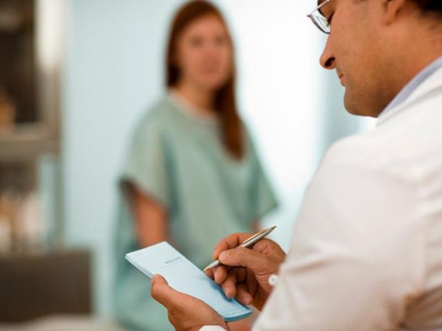 Кондиломы у женщин - причины возникновения, варианты лечения