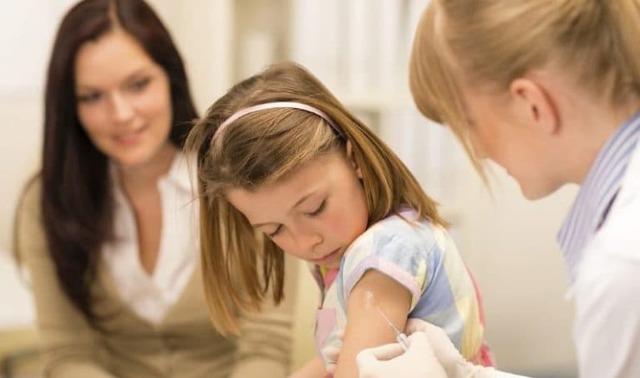 Побочные действия прививки от гепатита детям, стоит ли делать вакцину?