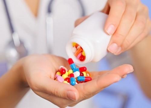 Анальный кандидоз: симптомы, диагностика, лечение, народные средства