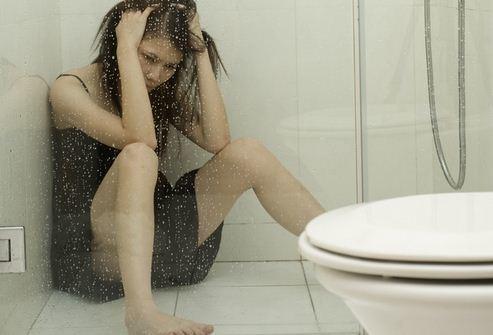 Не отходит моча у женщины - причины, лечение и профилактика