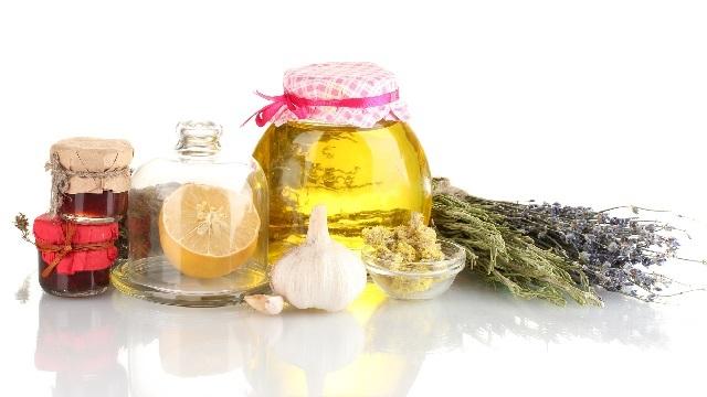 Лечение бородавок в домашних условиях - аптечные, народные пути