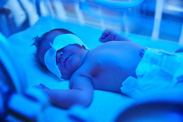 Прививка от гепатита новорожденным: побочные действия, график, возможная реакция