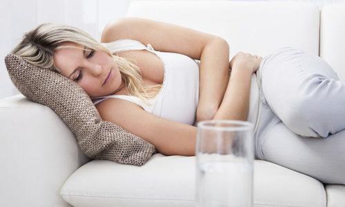Липкие выделения без запаха у женщин - какие причины, нужно ли лечение