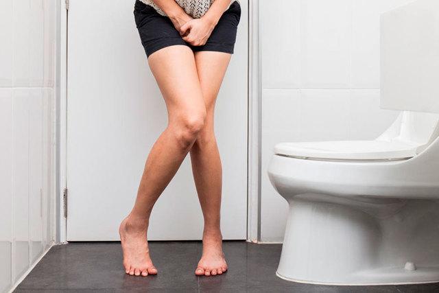 Выделения при гонорее: особенности у женщин и мужчин
