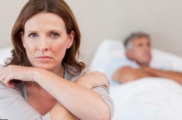 Слизистые выделения у женщин как сопли: это норма или патология
