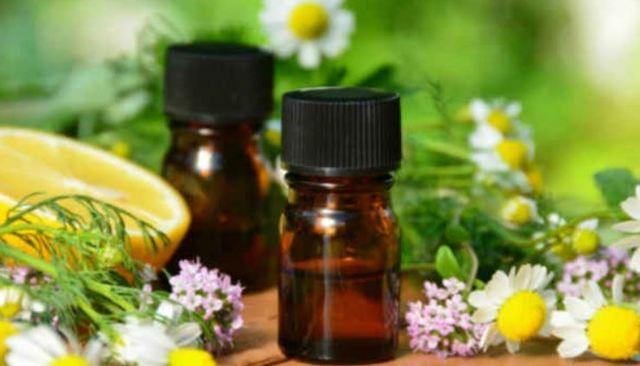 Народные средства от герпеса на губах - настои, мази и эфирные масла