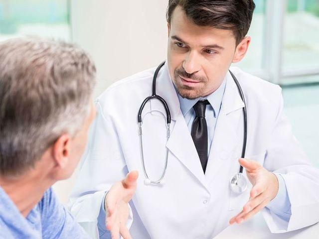 Кровь в моче у мужчины - причины, лечение, последствия и профилактика
