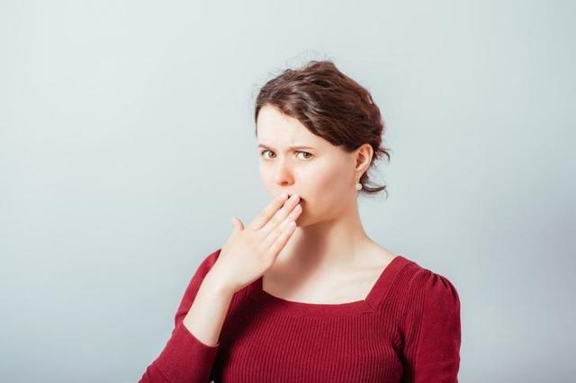 Выделения пахнут железом, причины данного проявления